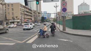 UTV. Уфимец, живущий в Китае, рассказал, как в стране остановили коронавирус