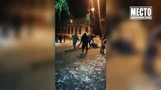 Драка у диско бара на Октябрьском проспекте  Место происшествия 17 12 2018