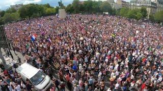Драка Массовые митинги против ковидных ограничений и паспортов вакцинации Во Франции и Австралии