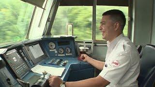 «1568 километр»: проект «Влюбленные в профессию» рассказал о работе машиниста поезда