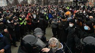 #протесты Многотысячные протесты против введения ковид сертификатов и обязательной вакцинации