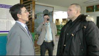 Депутата не хотели пускать на собрание в школу Новонагаево