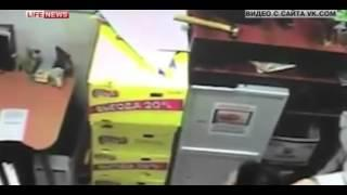Инкассатора, избившего в Кумертау продавца магазин
