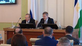 UTV. Радий Хабиров попросил подготовить удобные маршруты по доставке людей на кладбища