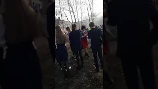 чп в городе Стерлитамак ,(стерлитамаке) школа , ученик пырнул учителя и поджог класс 18.04.2018