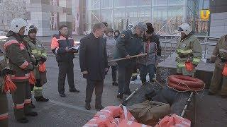 Новости UTV. Смотр спецтехники на площади перед ГДК