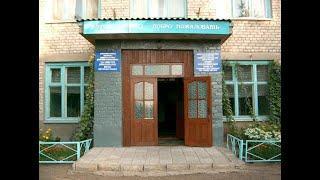 В Давлеканово сгорело здание бывшей 6-й школы, расположенное по улице Коммунистической.