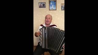 Альберт Шәйхетдинов җырлый