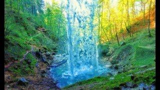 Весна водопад озеро