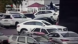 Женщины подрались на парковке
