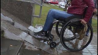 Инвалиды не могут попасть в аптеку и купить себе медикаменты