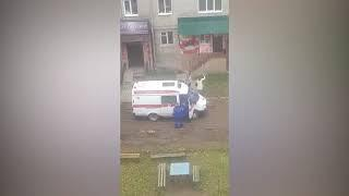 В Белебее ребенок выпал в окно