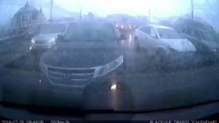 В сети появилось видео, как произошло массовое ДТП в центре Тулы