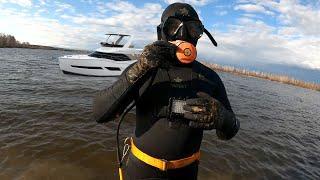 Первый раз надеваю гидрокостюм. Первый заплыв в озеро с системой ХУКА. Плавал как поплавок!