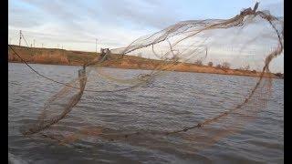 Гигантский улов Кастинговой сетью. Рыбалка в Раю.