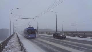 russia snow snowfall strong  storm 2021 уфа россия башкирия снегопад, сильный ветер троллейбус№ 18