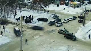 Момент ДТП на перекрестке Парковая-Комсомольская г.Нефтекамск
