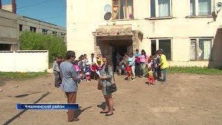 Людей в посёлке Чишмы выгоняют из общежития на улицу